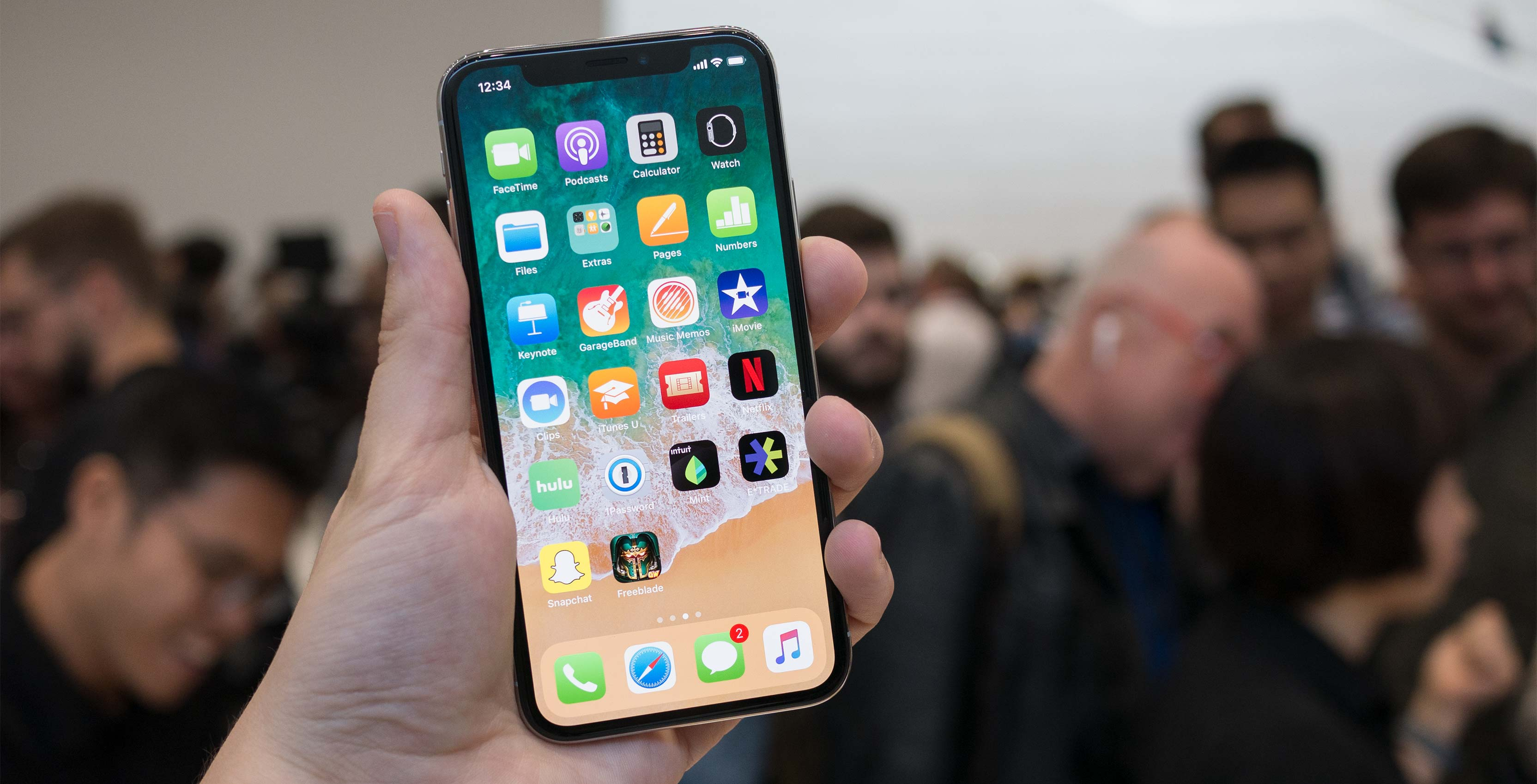 Apple iPhone X – Say Hello To the Future
